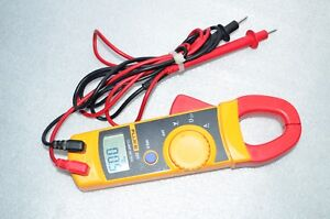 Fluke 321 Clamp Meter Multimeter