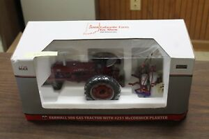 Farmall 300 Gas Tractor With 251 Mccormick Planter