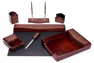 Majestic Goods Traditional Burgundy Oak And Leather 7 piece Desk Set