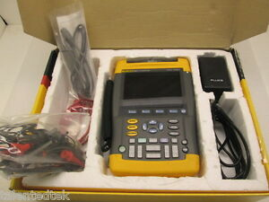 Fluke 192b Scopemeter 60mhz 500ms s With Charger And Test Leads