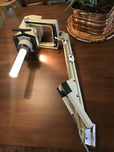 Vintage Cavitron Burton Hospital Surgery Doctor Exam Light Lamp Dental 3225