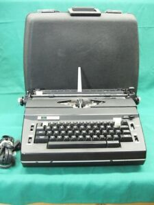 Sears The Corrector Electric Typewriter Case Tested Guaranteed Needs Ribbon