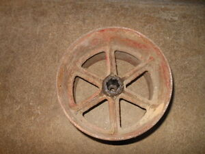 Original Ihc Farmall A B C Tractor Cast Iron Belt Pulley Corn Sheller Sawrig