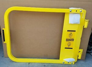 Ps Doors Lsg 30 pcy Ladder Safety Gate 28 3 4 To 32 1 2 In Yellow Steel