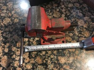 Vintage 3 1 2 Wilton Scout Bench Mount Vise With Pipe Jaws Forming Anvil