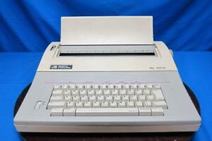 Smith Corona Xl1700 Portable Electronic Typewriter