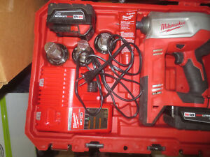 Milwaukee 2632 22xc M18 18 volt Propex Expansion Tool One 3 0 Battery 3 Heads