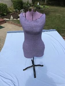 Vintage Seamstress Mannequin With Adjustable Dressmaker Stand Great Condition