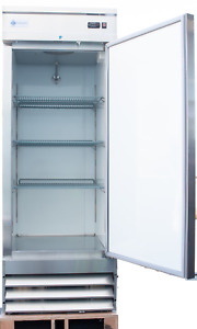 A c e Commercial Reach in Refrigerator 23 Cuft Stainlesssteel Single Solid Door