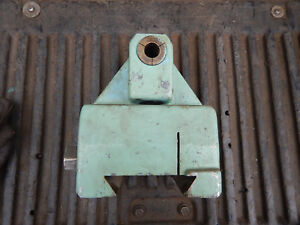 Older Horizontal Milling Machine Outboard Tailstock Spindle Support Lot B