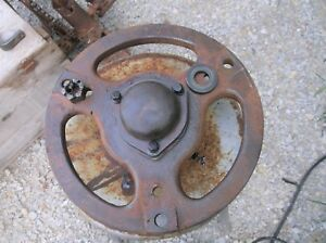 Farmall H Front Hub With Outer Bearing And Cap Good Cond