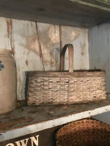 Early Old Primitive Basket Beautiful Paint