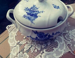 Vintage Blue White Floral Soup Tureen