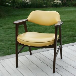 Vintage Mid Century Danish Modern Wood Armchair Lounge Arm Cocktail Gold Chair