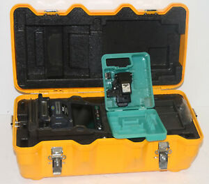 Fujikura 12s Fixed V groove Fiber Fusion Splicer W Ct 06 Cleaver Usa Model