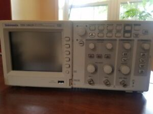 Tektronix Tds1002b Oscilloscope With Probes