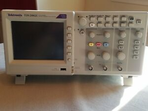 Tektronix Tds2002c 70mhz 1gs s 2ch Oscilloscope With P6100 Probes