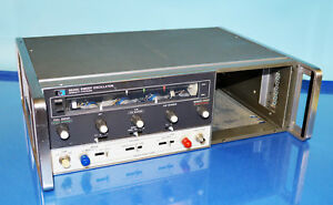 Hp 8620c Signal Generator Mainframe Only