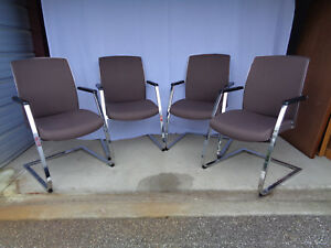 Set Of 4 Super Cool Dauphin Canteliver Springer Chairs Heavy And Clean
