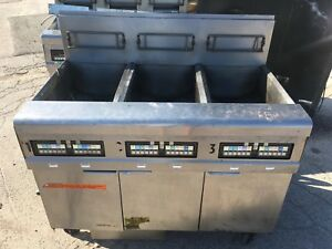 Pitco Frymaster 3 Split Bay Nat Gas Fryer With Filtration System