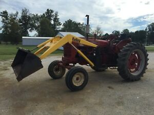 International Farmall Super Mta Tractor W Loader