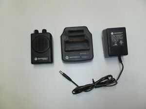 Motorola Minitor V 470 477 9 Mhz Uhf Fire Ems Pager With Charger