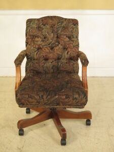 F40913 Ethan Allen Tufted Upholstered Office Desk Chair
