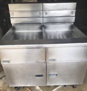 Pitco Solstice Double 75 Lb Gas Fryer Shipping Available