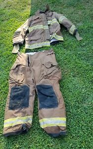 Janesville Firefighter Turnout Coat 2011 Size 48 32 Pants 40 Preowned Costume