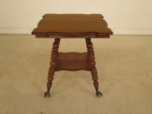 F40158c Antique Victorian Oak Parlor Table W Glass Claw Feet