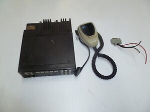 Motorola Spectra 146 174 Mhz Vhf 45 Watt Two Way Radio D43kma7ja7ak O215