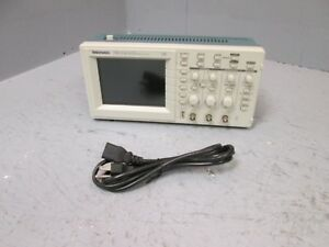 Tektronix Tds 210 Two Channel Digital Real time 60 Mhz 1 Gs sec Oscilloscope