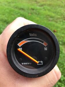 Rare 1981 Volvo 240 Volt Gauge With Graduated Scale 1981 93
