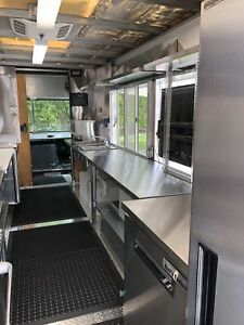 Custom Made new Food Truck Commercial Kitchen free Delivery In Usa 571 251 3860