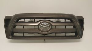 2005 2011 Toyota Tacoma Grille Front Bumper Grill 05 11 Oem Bad Paint Faded