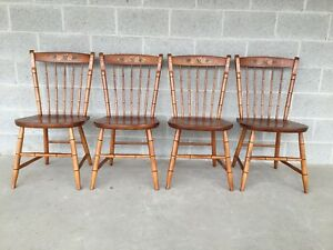L Hitchcock Set Of 4 Maple Prospect Harvest Windsor Side Chairs Dining Chairs