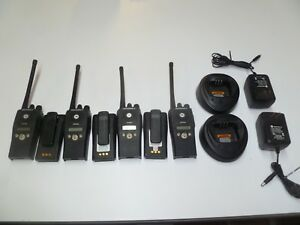 Lot Of Four Motorola Pr400 146 174 Mhz Vhf Two Way Radios Aah65kdf9aa3an P232