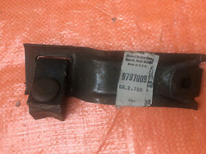 1969 Pontiac Gto Judge Ram Air Iii Iv Tail Pipe Res Hanger Nos 9797009