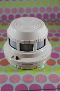 System Sensor 2451 Series 400 Photoelectronic Smoke Detector Head Fire Alarm
