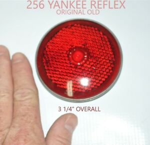 Yankee Reflex 256 Old Red Glass Lens Tail Stop Light With Bezel Old Antique