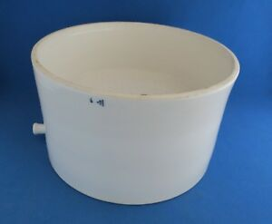 Coors Table type Buchner Funnel With Side Outlet For Vacuum