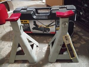 2 Ton 360 Black Jack Torin And 2 Stands
