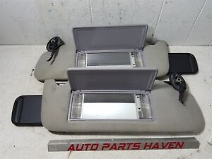 93 98 Grand Cherokee Driver Passenger Sun Visor Set Gray Lighted Homelink