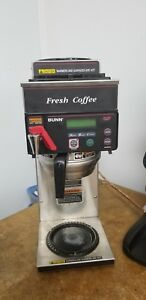 Bunn Axiom 12 Cup Automatic Coffee Brewer With 3 Warmers 21 7 16 w 38700 0000