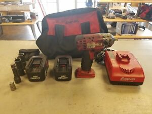 Snap On 3 8 Drive Cordless Impact Wrench 18v Ct4418 2 Batteries Extras