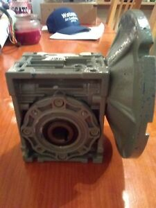 Motovario Nmrv 040 Gear Reducer