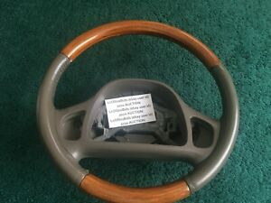 Lincoln Continental Parchment Light Wood Steering Wheel Excludes Wiring Swcs