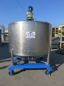 1000 Gallon Stainless Steel Cone Bottom Jacketed Mix Tank