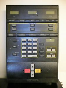 Instron 4400 Testing Systems Console Control Panel Tensile Fatigue Testing