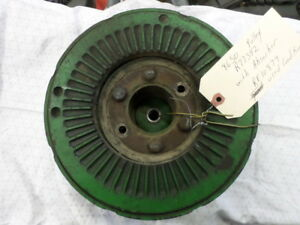 John Deere 8650 Crankshaft Pulley And Absorber R77342 And Re10879